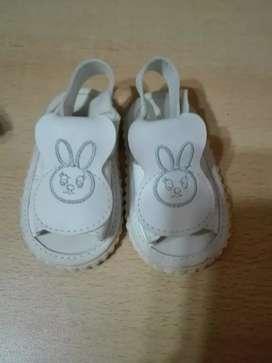 Sandalias de beba no caminantes
