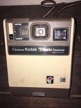 Camara de fotografia antigua kodak fiesta