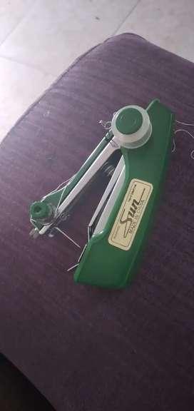 Maquina  de coser manual maraca sun