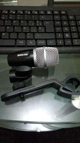 Microfono De Bateria (tom Pg56)  Clamp