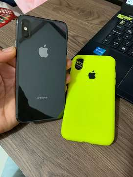Vendo Iphone X de 64gigas con cargador carga rapida y protector