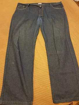Pantalón de jeans azul Talle 52.
