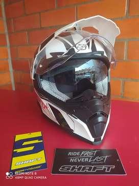 En venta casco marca shaft tipo motocros
