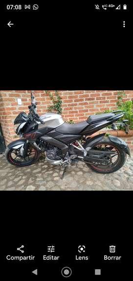 Vendo motocicleta estado original