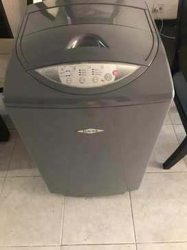 Lavadora digital HACEB