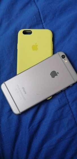 Se vende iPhone 6 excelente estado con forrro y cargador NO original,