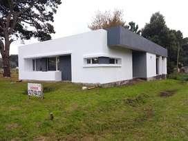 Dueño vende casa a terminar en acantilados