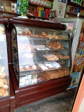 Vendo exhibidoras de panaderia