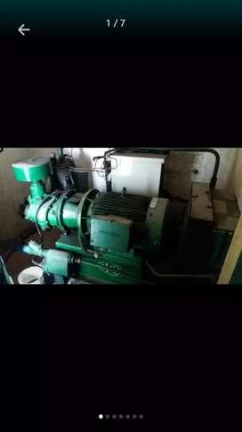 Se vende Compresor industrial de 40hp y tanque de almacenamiento de Aire