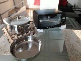Horno tostador y batería de cocina