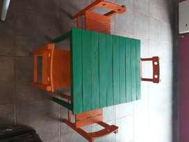 Mesa infantil + 4 sillas madera similar Roble (Maciza)