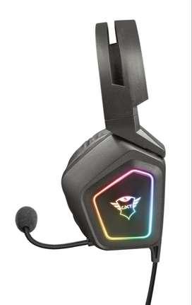 Audifonos Trust Gxt 450 Blizz 7.1 Sonido Envolvente Iluminado RGB