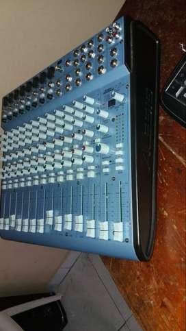 REMATO HOY Consola Alesis Multimix 16 Usb