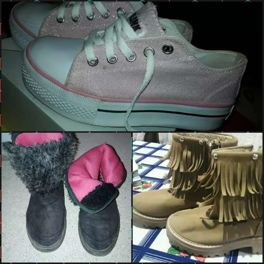 vendo botas de nenas 0