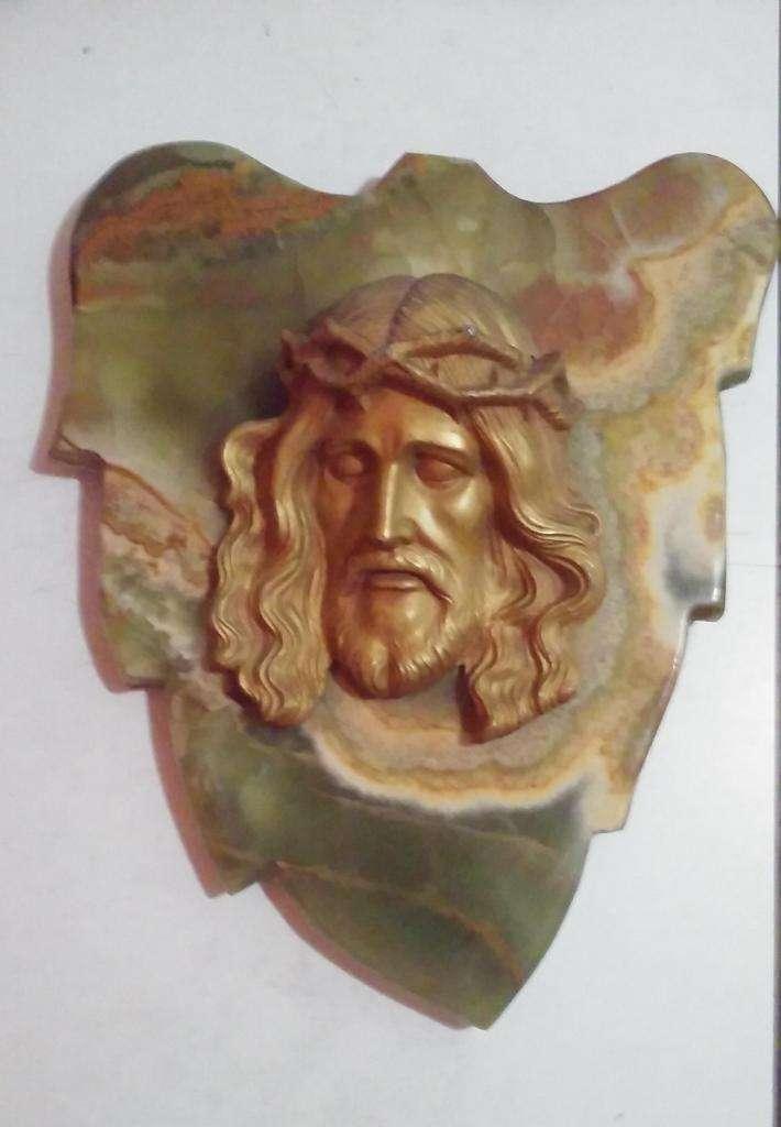OFERTA  Antiguo Cristo en metal sobre mármol ónix 0
