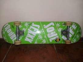 "Patineta/Skate Original ""Trouble"""