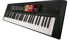 TECLADO (PIANO) YAMAHA PSR-F51 seminuevo