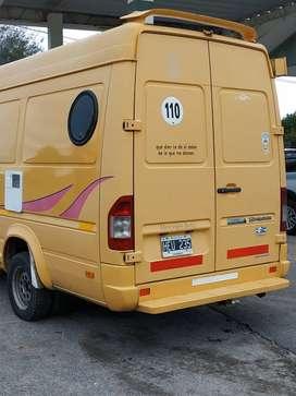MOTORHOME MERCEDES BENZ SPRINTER 413  Posee duales Año 2008.  Km 120.000  Titular. Sin prenda. Sin deuda.