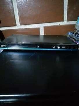 Se vende,  Dvd entrada USB.