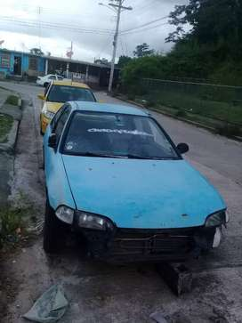 Se vende honda civic 93 whatsapp 63834717 el carro arranca y funciona