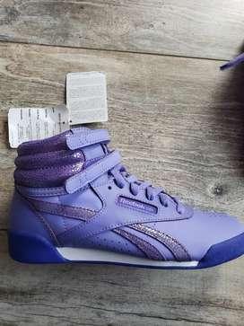 Zapatillas reebok nuevas sin uso