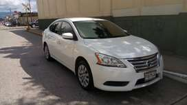 Vendo Nisan sentra modelo 2014 color blanco.