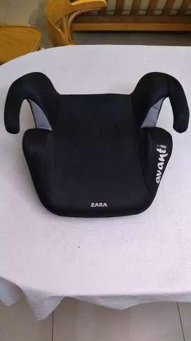 Booster niño marca Zara Avanti