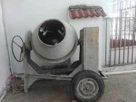Mescladora con Motor Honda de Gasolina