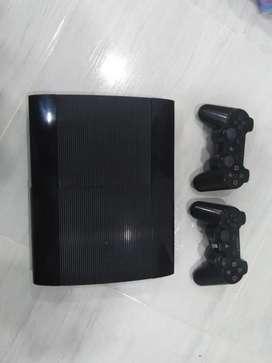Se vende PlayStation 3 super slim