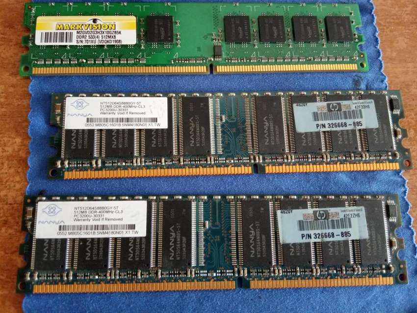 Memorias DDR2 de 512MB, las 3 x 25.000