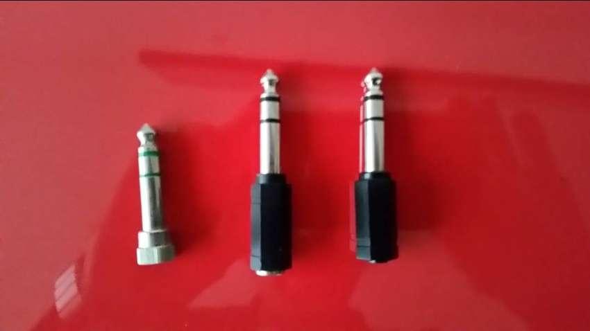 Adaptador/ Convertidor de Audio Jack 3.5mm Hembra - Jack 6.3mm Macho