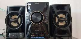Sony equipo de audio  mhc ec599