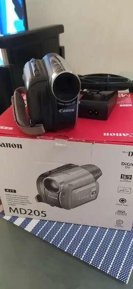 Vídeo camara canon MD205
