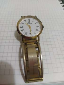 Hermoso reloj Dimario de caballero