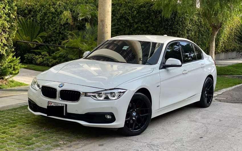 BMW 318i SPORT 201i