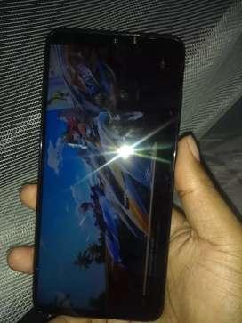 Xiaomi note 8 pro 164 GB  de interna y 6 GB de ram