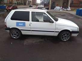 Fiat uno fire deportivo sin pico y placa