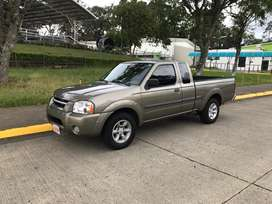 Nissan Frontier Pick Up Extra Cabina