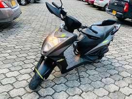 Vendo Moto Casi nueva Scooter Kymco Mod 2019