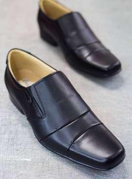 Zapatos de Cuero/Calzado Arevalo F40: ( Casual y Clasico )