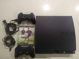 Vendo mi PS3 con un control y FIFA 15!!! Excelente estado