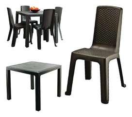 Vendo mesa rimax como nueva con 4 sillas