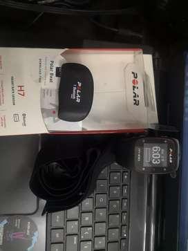 Reloj Vendo  o cambio por tecnología polar m400 con banda h7 y sensor polar smart