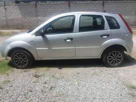 SE VENDE FORD FIESTA NEGOCIABLE