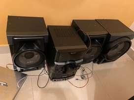 Vendo equipo de sonido en buen estado