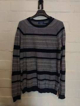 Sueter Pull And Bear Talla L