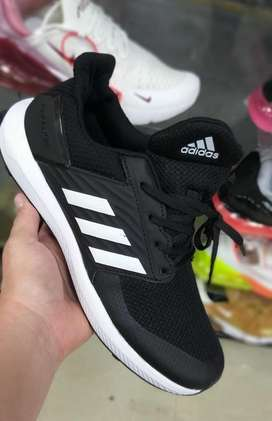 Tenis Adidas Rápid Run