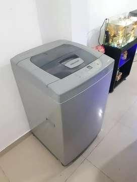Se vende lavadora Challenger de 19 libras