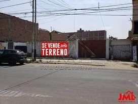 Terreno Av. Pedro Muñiz