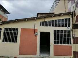 Se Alquila, Villa independiente ubicada en el Sector de los Olivos, Portoviejo